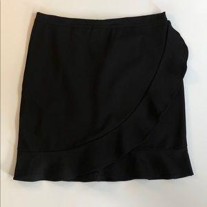August Silk size XL Black ruffle trim skirt